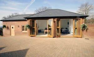 Annexe with Games Room, Triple Bedroom & Ensuite Shower