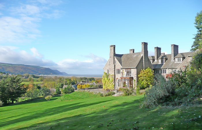 large country house in Somerset sleeping 30 guests with games room and tennis court, perfect for celebrations