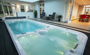 Sandfield House - Ideal for private spa weekends, with a pool, swim spa and sauna