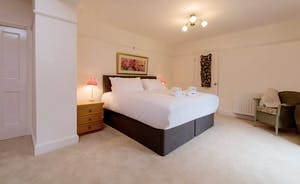 Garden Court - Bedroom 1: Zip and link beds, so superking or twin