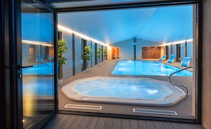 Shires - Wow! There's an amazing spa hall with a sunken hot tub, infinity pool and sauna.