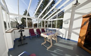 The Benches - The light and airy summer house - lovely views, table football and a sauna