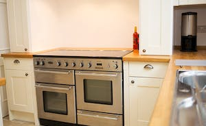 The Old Rectory - the convenience of a modern range cooker