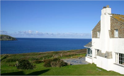 Short Breaks at House with Sea and Estuary Views  in Greenaway