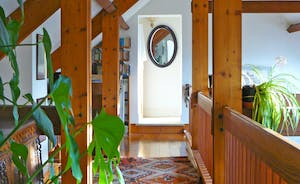 Beautiful Gallery with large desk - view to upstairs twin bedroom