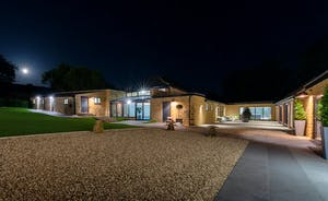 Churchill 30 - Holiday accommodation in Somerset for large groups with a pool