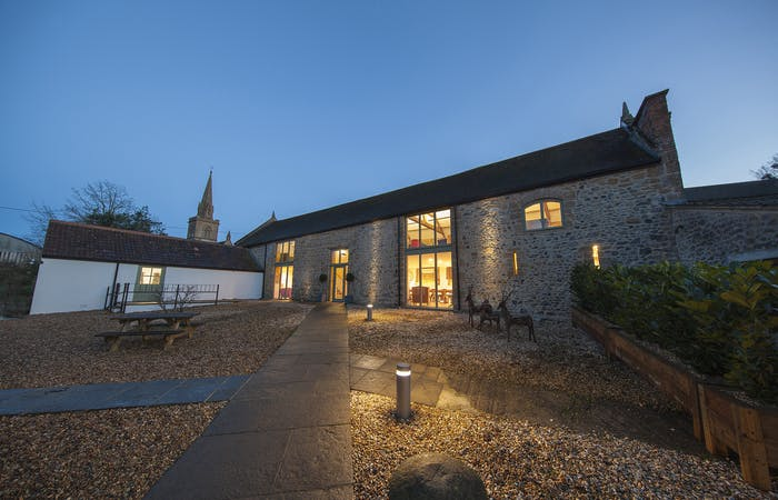 Somerset Big Barn sleeps 30 with indoor spa hall, indoor pool, hot tub, sauna, games room, bbq lodge