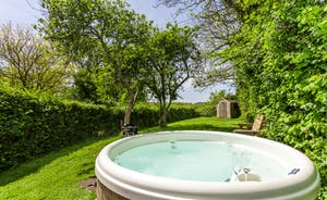 Railway Cottage Hot Tub