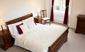 The Old Rectory - You'll sleep well in this wonderful sleigh bed in the John Vernon Bedroom - part of the Vernon Suite