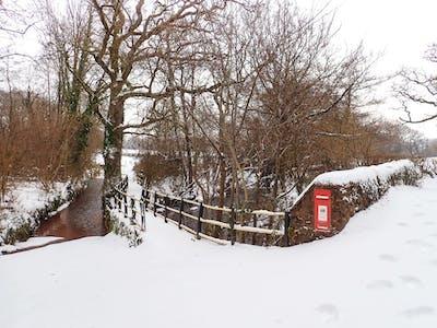 Lutely Bridge in the snow