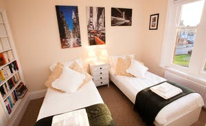 Twin Bedroom in Abbey Court