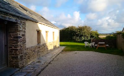 Short Breaks at Converted Barn nr Polzeath