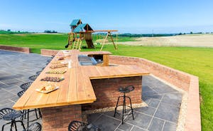 The Granary - A wonderful outdoor cooking space that allows for cooking and socialising at the same time