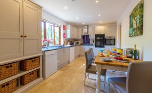 Thorncombe - Thorncombe has a well equipped modern kitchen