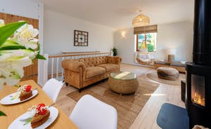 Whimbrels Barton - Curlews Halt: The open plan living is light and airy - and super stylish