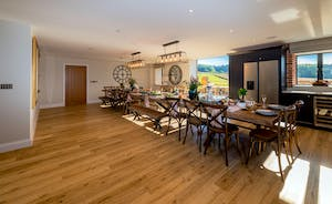 Croftview - A huge dining table for happy celebrations