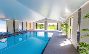 Shires - Holiday House for 14 in Devon, with private pool and hot tub