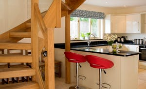 Foxcombe - A stylish modern kitchen that's great for socialising whilst you cook