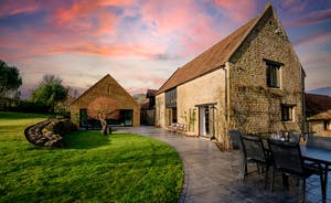 Kingshay Barton - A wonderful large group holiday house for year round stays