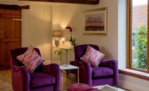 Kingshay Barton - There's plenty of room to sit comfy in the living/entertaining room