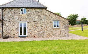 Dippers Rest, Stonehayes Farm - Holiday cottage in Devon sleeps 6