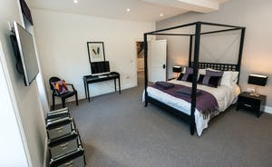 Pitmaston House - Bedroom 2 is another large room flooded with natural daylight from two big windows