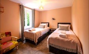 Bedroom 6 Twin