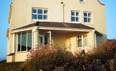 Short Breaks at 7 Bedroom House in New Polzeath