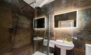 Churchill 30 - The en suite shower room for Bedroom 6