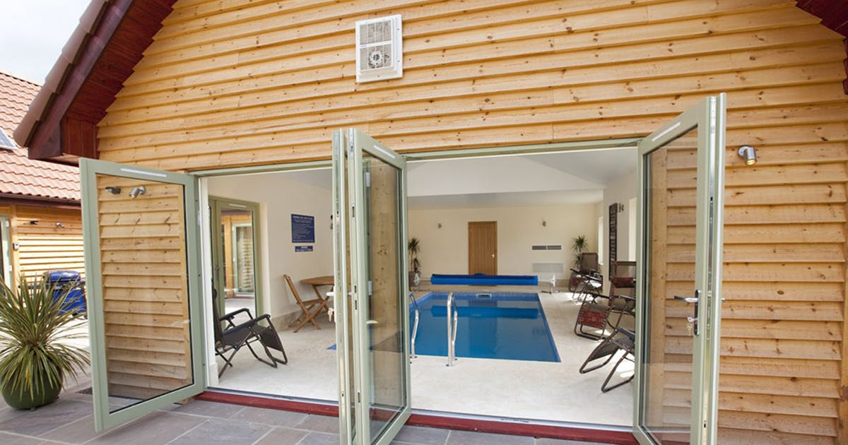 West Country Holiday Homes Sleeping Up To 28 With Pools Sleeps 12