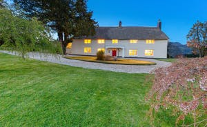 Pippinsands, Stonehayes Farm - A traditional Devon longhouse that sleeps 14