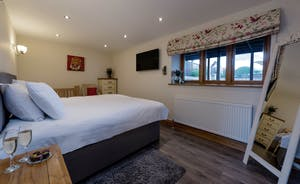 Foxhill Lodge - Bedroom 5: On the ground floor, superking or twin