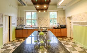 Peak Manor - The kitchen is stunning, and retains its Victorian charm