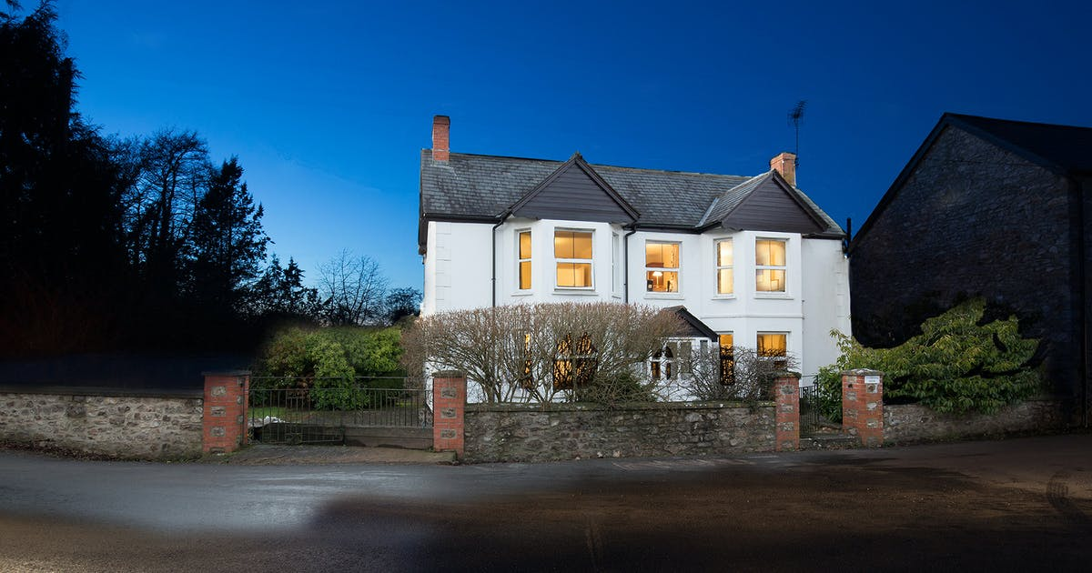 Culmbridge house large group devon holiday home sleeps 12 - Holiday homes in somerset with swimming pool ...