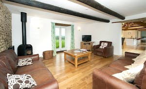 Whinchat Barns - Dippers Rest: The open plan ground floor has such a calm feel