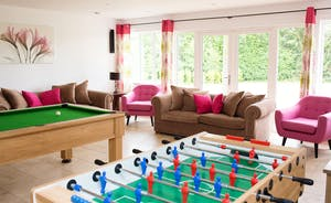 Ham Bottom - You'll have fun in the games room - with a pool table and table football!