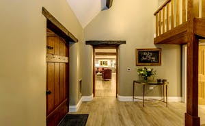 Kingshay Barton - Step into a spacious hallway