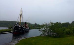 VIC 32 Crinan Canal