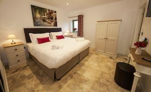 Beaverbrook 30 - Bedroom 4: Calm neutral tones, splashes of colour