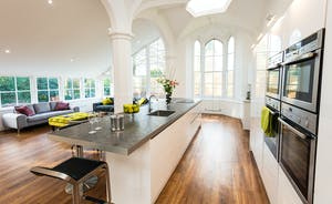 Pitmaston House - Stunning open plan living space with vaulted ceiling and heaps of natural daylight
