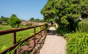 Pound Farm - A beautifully restored Somerset farmhouse with a pretty walled garden