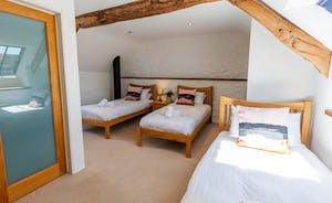 Pipits Retreat, Stonehayes Farm - Bedroom 2 can be arranged with 3 single beds, or a superking and a single