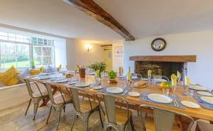 Pippinsands, Stonehayes Farm - The dining table was specially made to seat all 14 guests