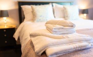 The Piggery - Master Bed Linen