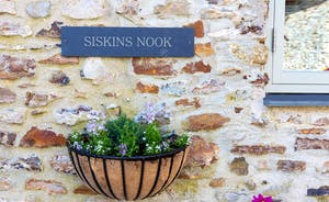 Siskins Nook, Stonehayes Farm - Once a cider shed, now a charming holiday cottage for 4