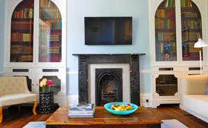 Berry House - Relax in the Snug on the ground floor