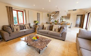 Thorncombe: A calm and spacious open plan living space for your large group to spend time together