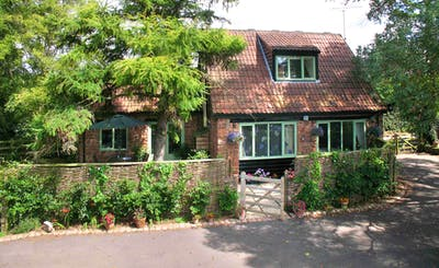 Short Breaks at Cornflower Cottage