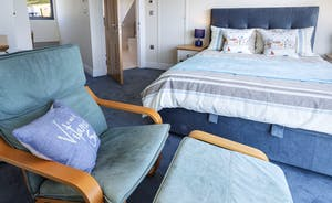 Top floor master bedroom with en suite bathroom