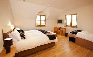 Wayside: Bedroom 1 sleeps 3 and has an en suite shower room